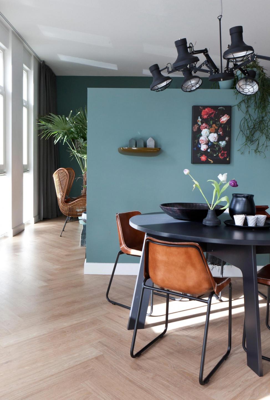 Woonkamer blauwe muur: woonkamer blauwe muur blauwtinten in huis ...