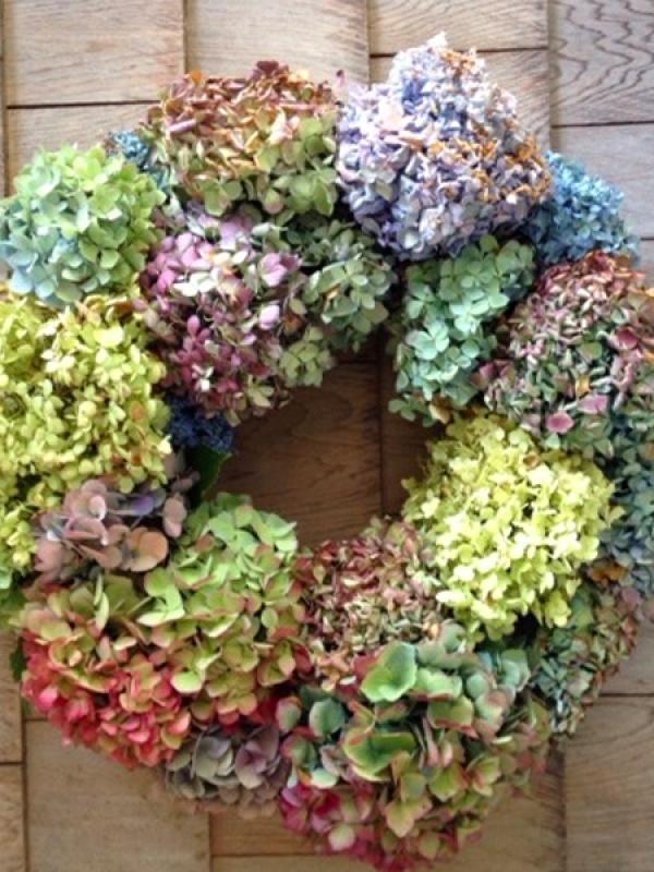 Zo maak je een hortensiakrans mooi wat planten doen - Idee van deco tuin buiten ...
